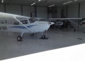 hangar_avion_2